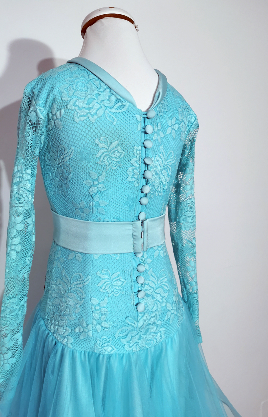 Juvenile Aqua tulle dress